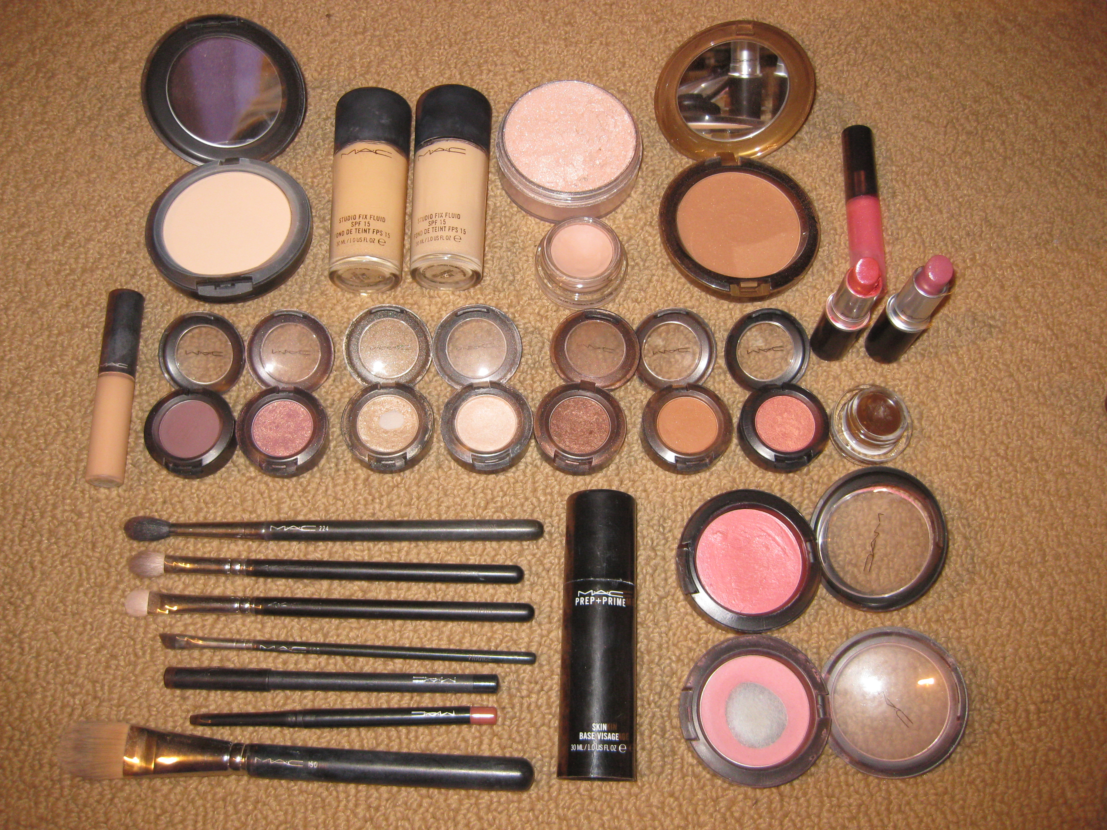 Fabulous The MAC Basics & Must-Haves | MOVED TO: www.everydaytorunway.com @UT35